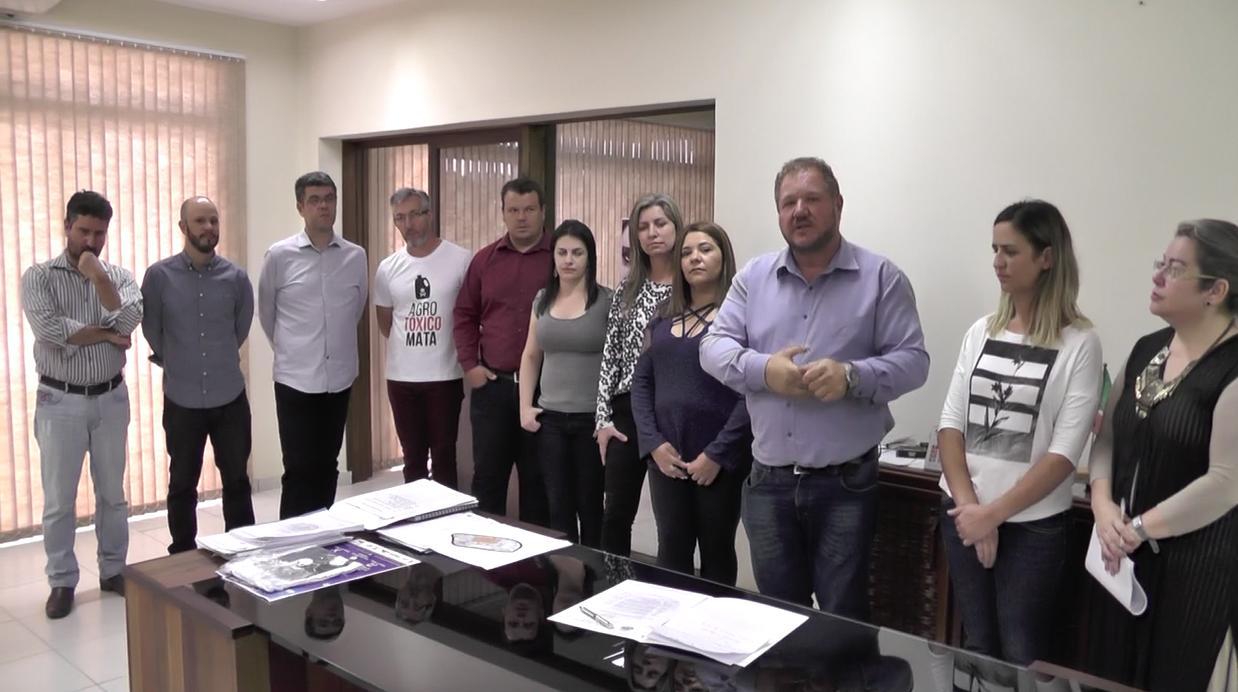 Lei que proíbe pulverização aérea de agrotóxicos é aprovada em Campo Magro, no Paraná